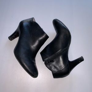 NEW! Banana Republic Ankle Boots